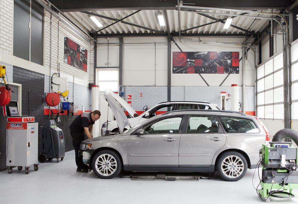 Onderhoud aan uw auto bij Autobedrijf Cartech